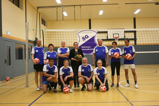 Neue Trikots für die Volleyballmannschaft (Copy)